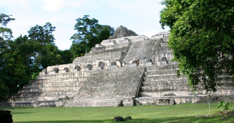 Zona Arqueológica El Caracol, Belice
