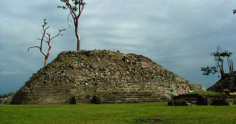 Zona Arqueológica Lubaantun, Belice