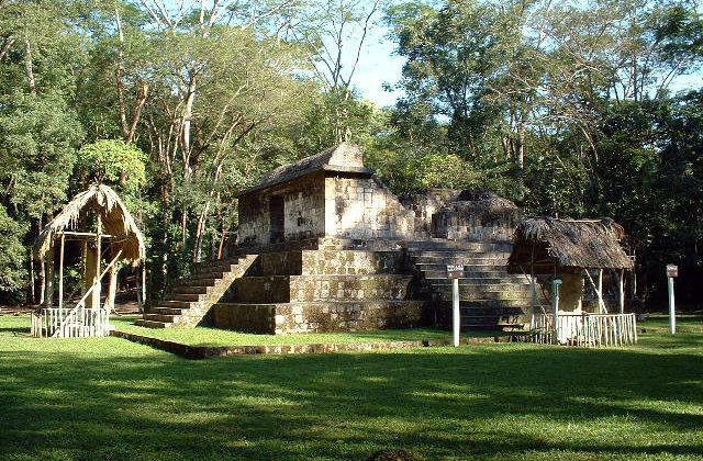 Zona Arqueológica El Ceibal, Guatemala