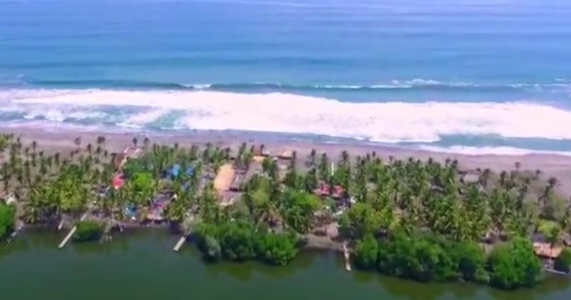 Playa Costa Azul Chocohuital, Chiapas