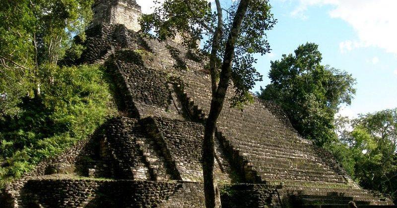 Zona Arqueológica Dzibanché, Quintana Roo