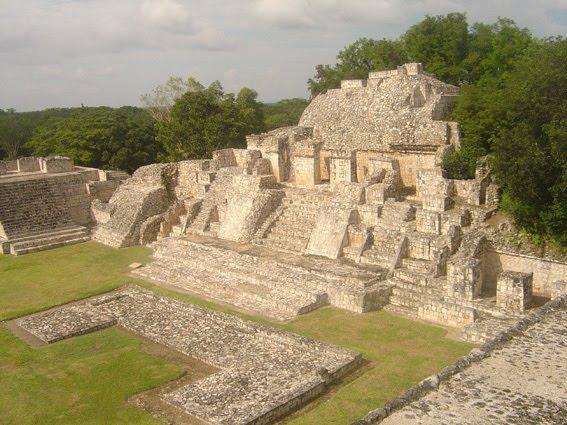 Zona arqueológica de Edzná, Campeche, México