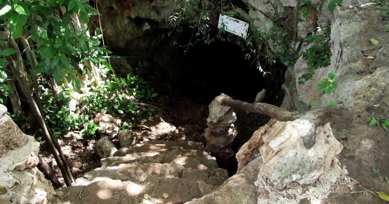 Gruta y Cenote «Santa María» en Homún