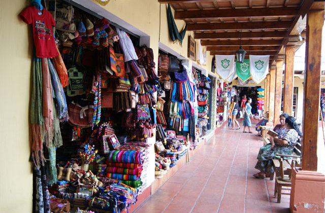 Mercado de artesanías Antigua Guatemala, Guatemala