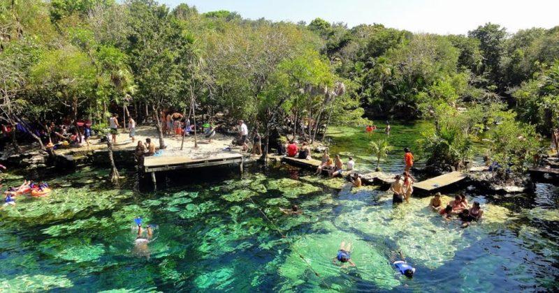Cenote Azul en Puerto Aventuras, Quintana Roo