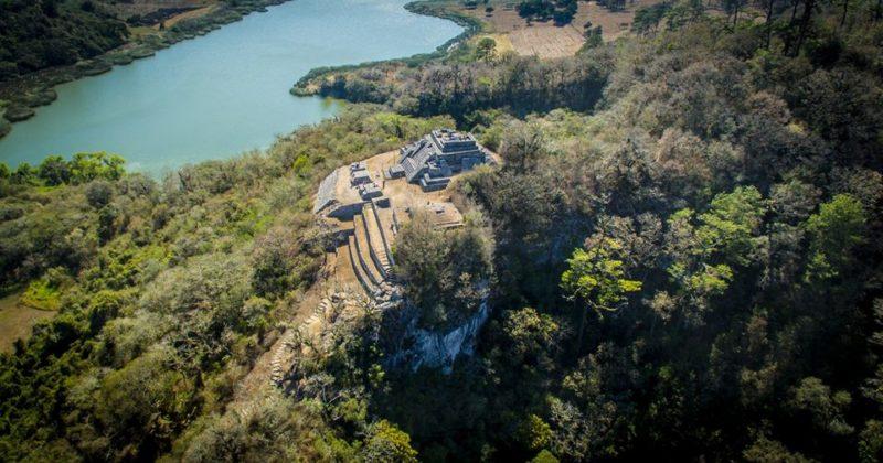 Zona Arqueológica Chinkultic, Chiapas