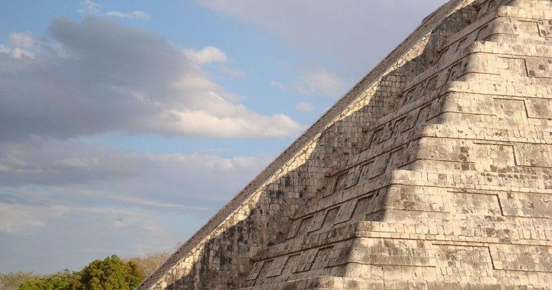 """Equinoccios en """"Chichén Itzá"""""""