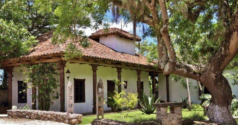 Parador Museo Santa María