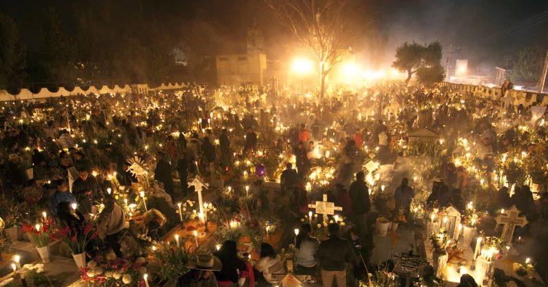 La fiesta de día de muertos «Orígenes profundamente católicos y no prehispánicos»